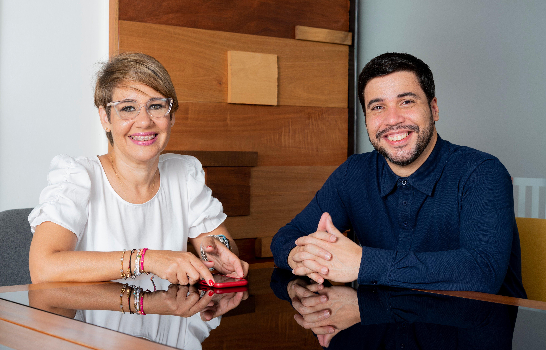 Aura y Arturo, fundadores de Tabuga.